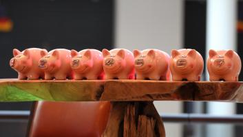 piggy banks 974412 1920 image